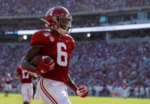 3 teams that should draft Alabama's DeVonta Smith