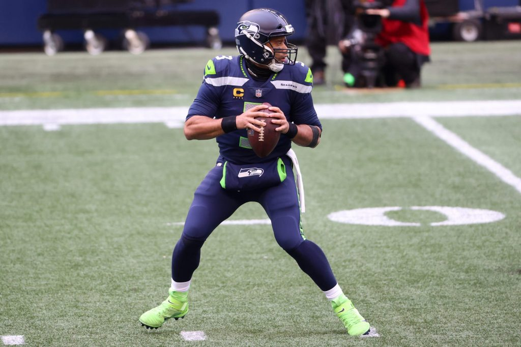 Russell Wilson takes blame for early postseason...