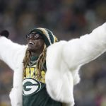 Lil Wayne releases Packers hype song 'Green and...