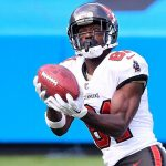 Tampa Bay Buccaneers WR Antonio Brown day to day...